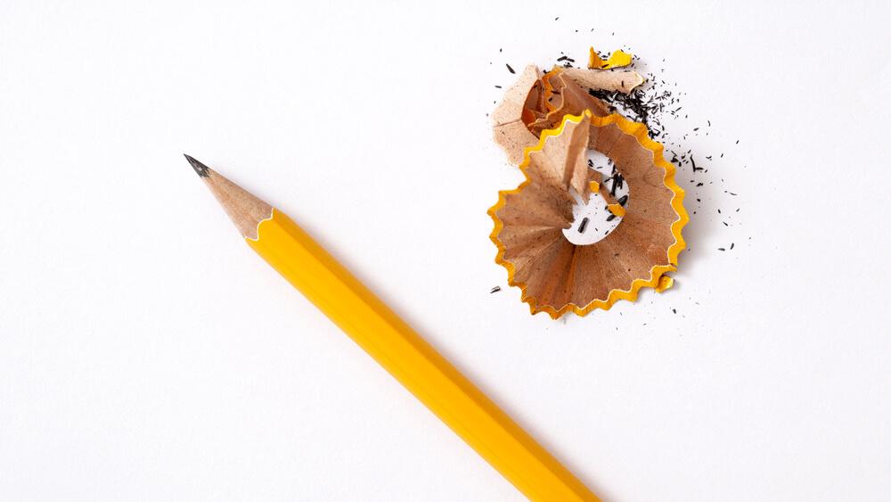 トンボ鉛筆の佐藤さんの現在を調べたら切なくて涙【なんJ・2chまとめ】