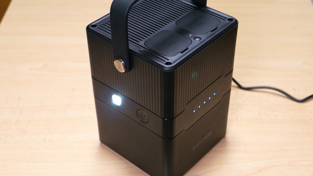 RAVPower RP-PB187 レビュー:アウトドアで大活躍!70,200mAhの大容量ポータブル電源