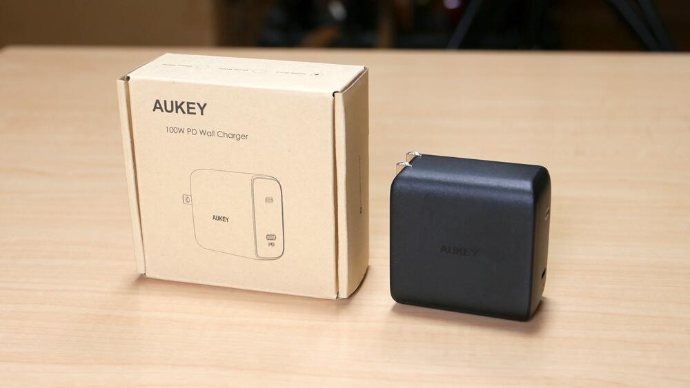 AUKEY Omnia PA-B5 レビュー:GaNを採用した最小クラスの100W対応USB-C充電器
